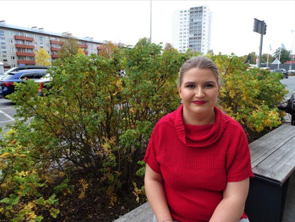 Maarja-Liis Mölder: Kenestäkään ei tule runoilijaa yksin